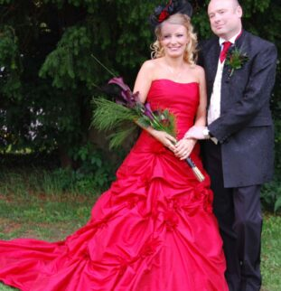 Blackwell Grange: A Burlesque-Themed Wedding For Sarah And Marc