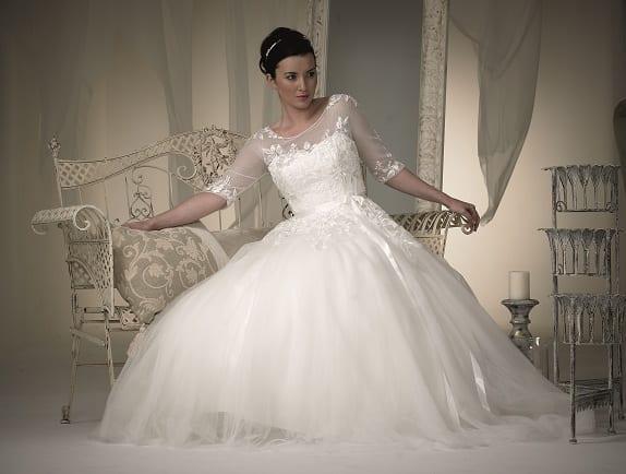 Supplier spotlight the bridal gallery belle bridal magazine for Discount wedding dresses phoenix