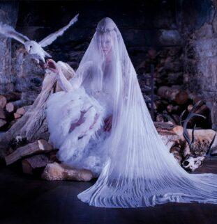 A Halloween Photoshoot Spook-tacular: Maid Of Ice