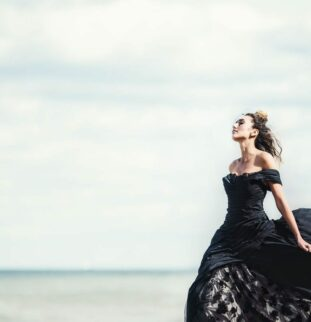 White At Sea - Styled Shoot