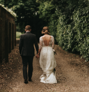 Styled Shoot: Healing Manor, The Wild Rose