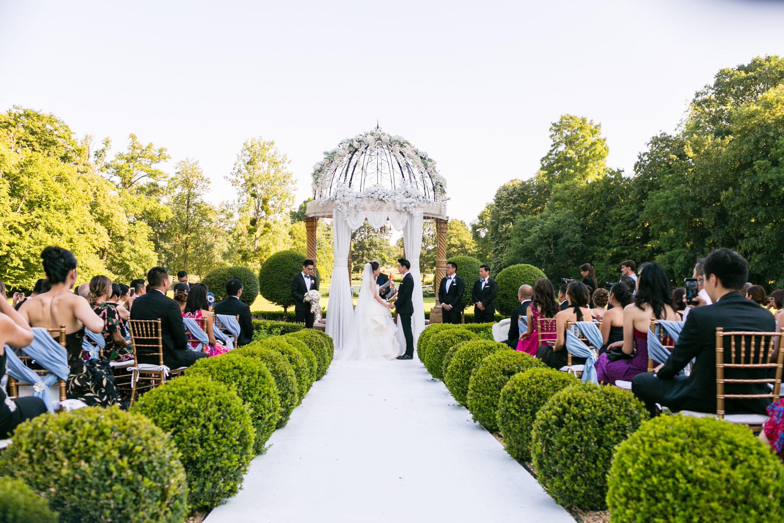 Carolyn & Henry's Fabulous French Fairytale Wedding