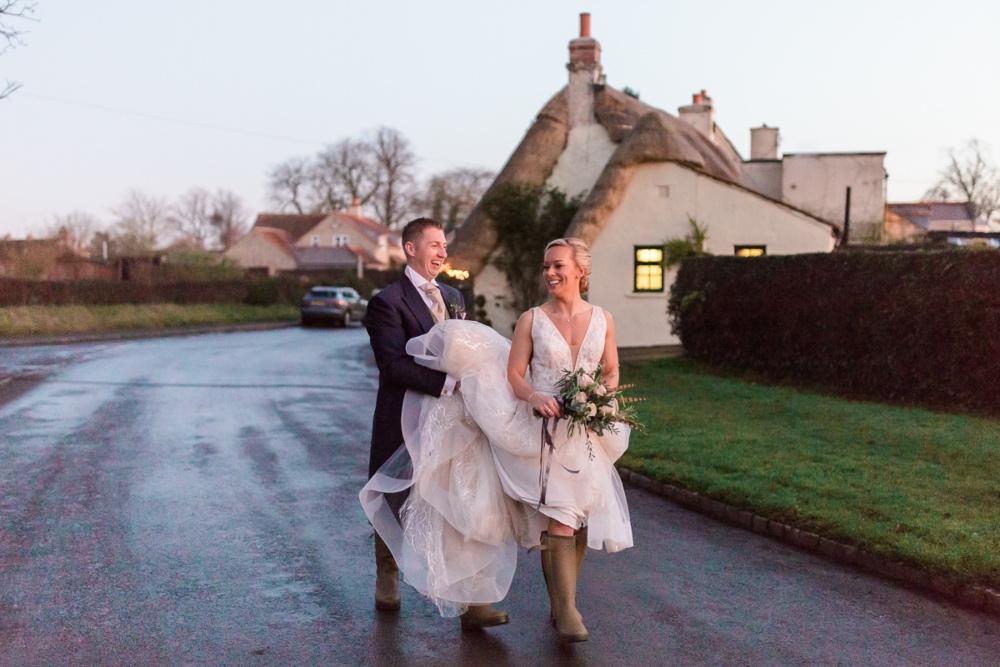 Lara_Frost_Photography_The_Star_Inn_wedding-1047