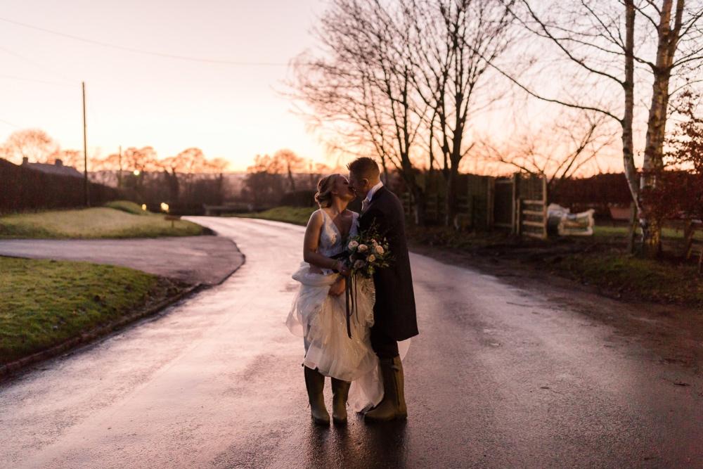 Lara_Frost_Photography_The_Star_Inn_wedding-1048