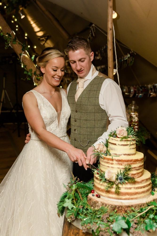 Lara_Frost_Photography_The_Star_Inn_wedding-1063