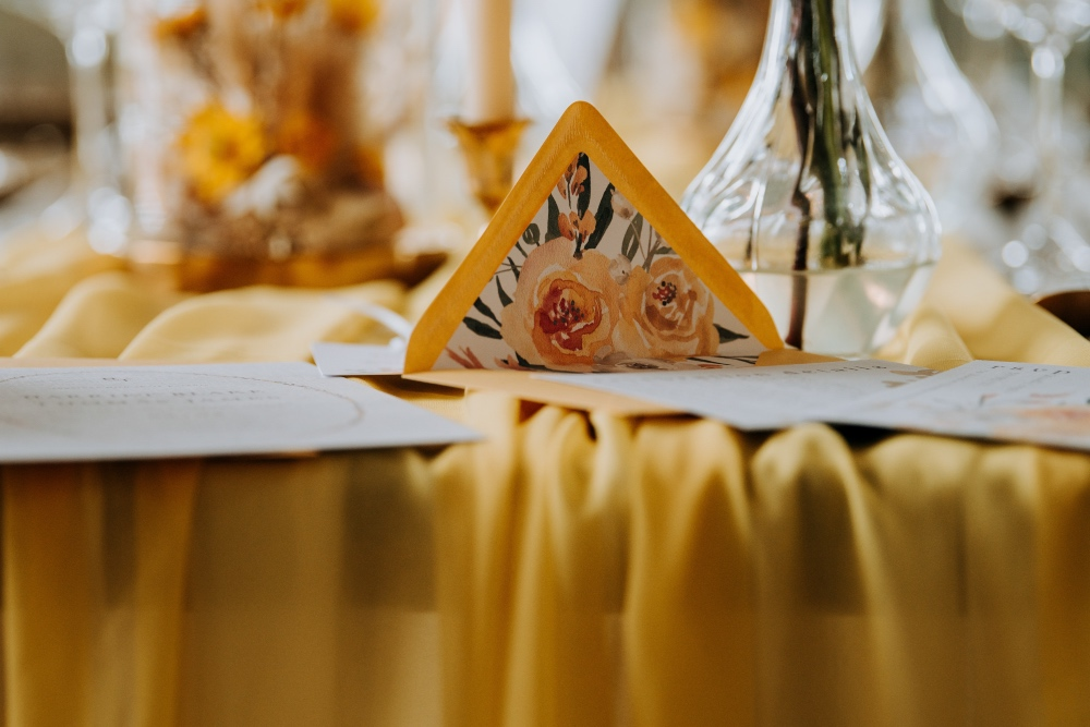 M-and-G-wedding-photography--87GOLDEN GLORY
