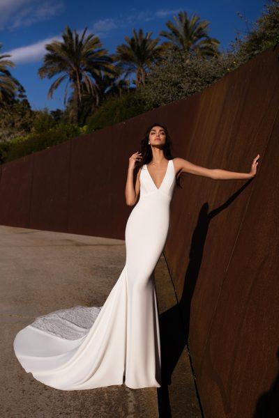 AQUILA, Gown by Pronovias
