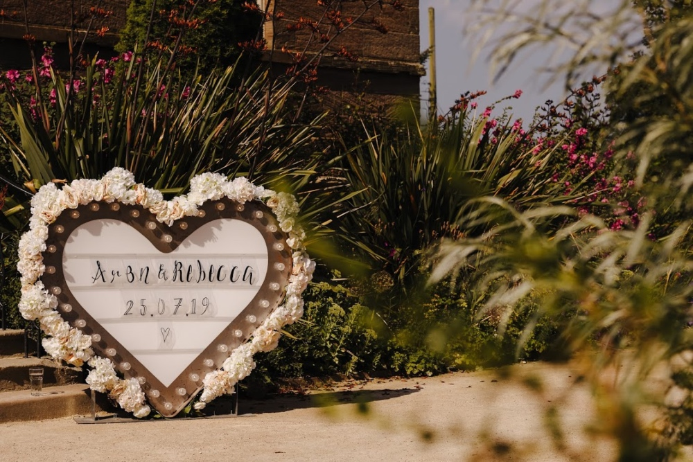Aron & Rebecca - Newton Hall Wedding - GASP Photo Co -545