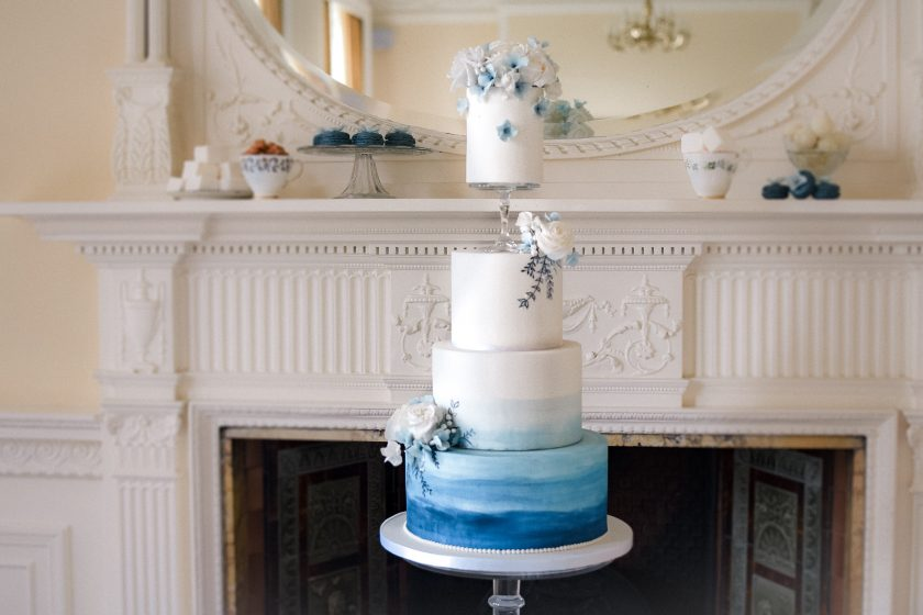 Cake by The Cherry Blosson Bakery, Phtoography by Littles and Loves Photography