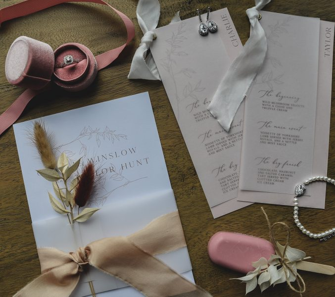 Neutral tones stationary, by Somers Creative. Image by Little's and Loves Photography