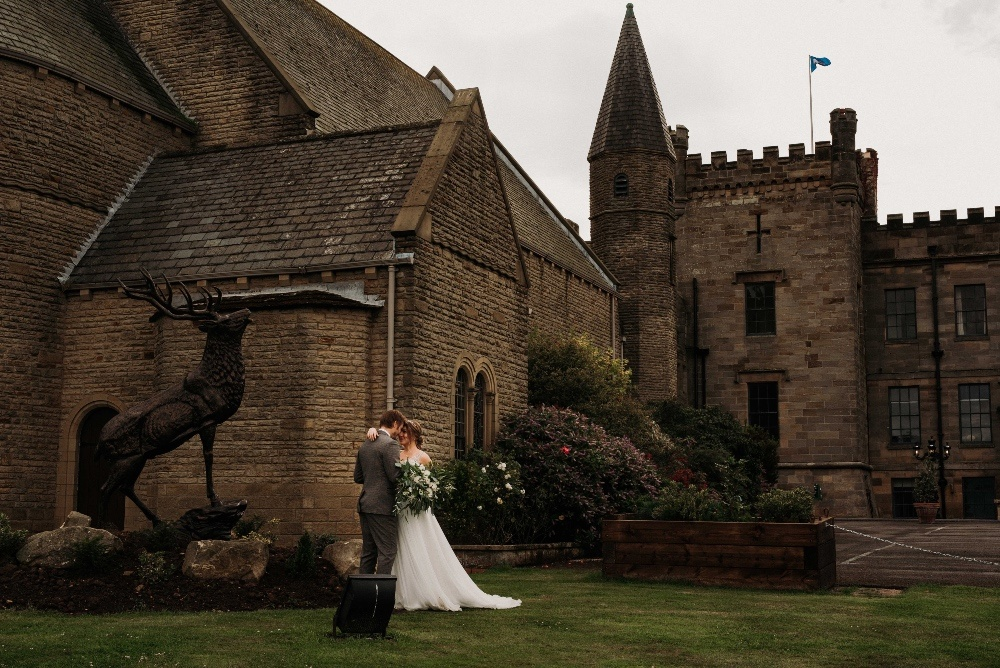 Green-Gold-Elegance-Wedding-at-Sneaton-Castle-176