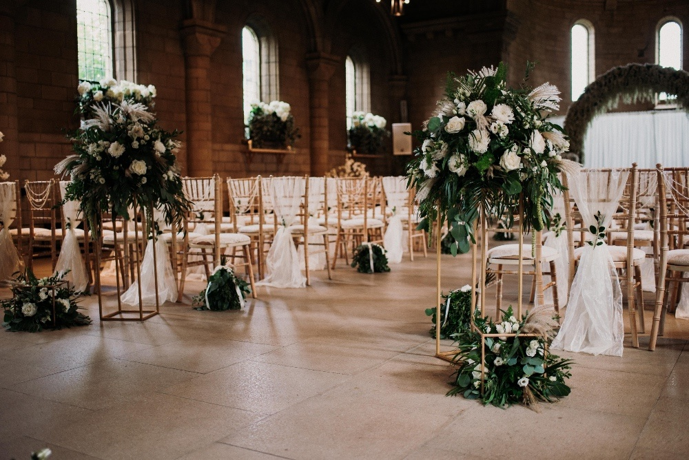 Green-Gold-Elegance-Wedding-at-Sneaton-Castle-5
