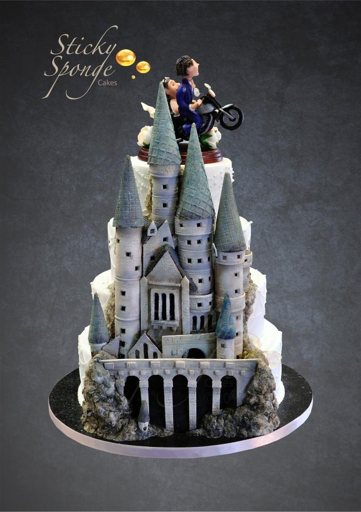 Hogwarts half & half cake1 2
