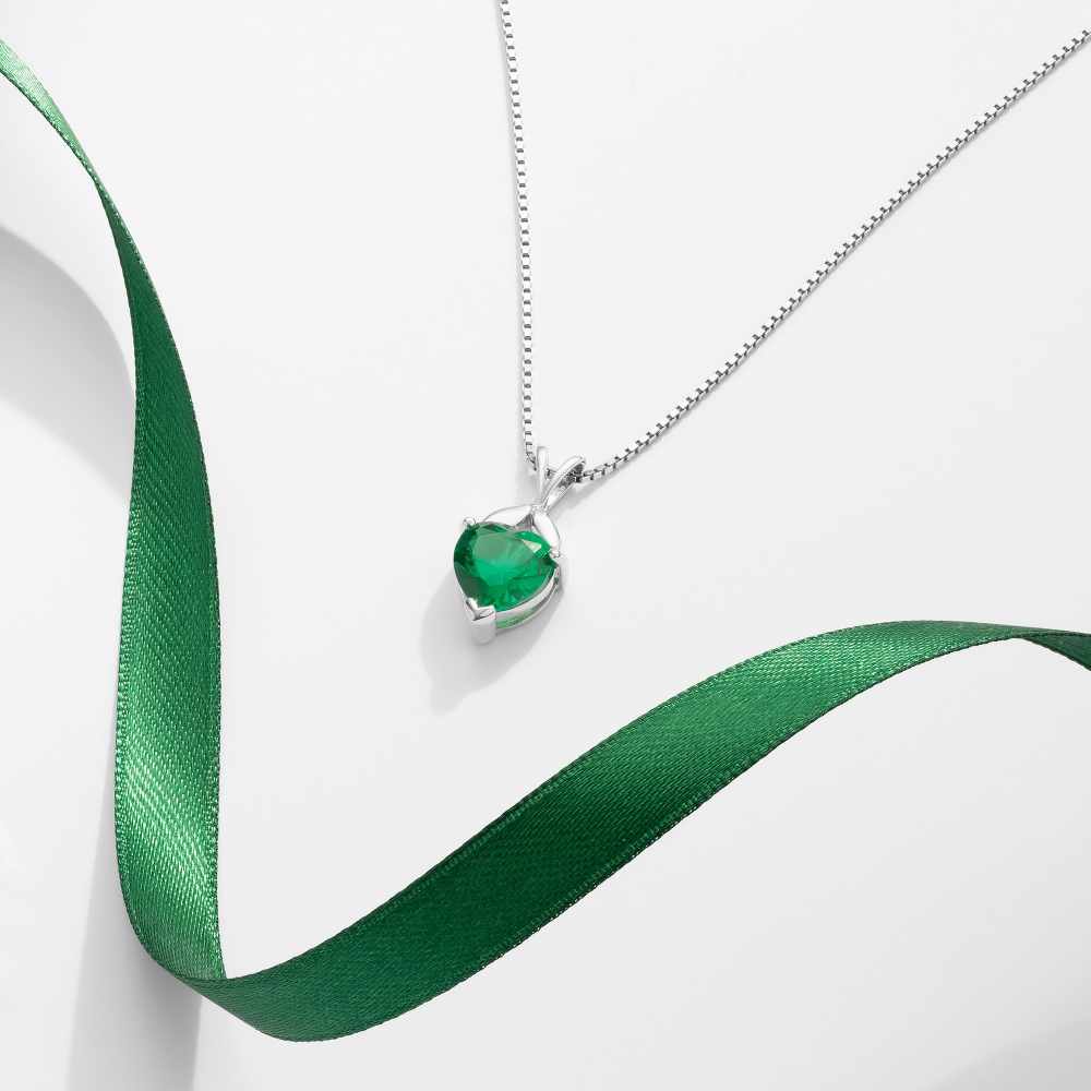 RO_Christmas_2020_Necklace_Emerald_silver_R136837S-2000x2000