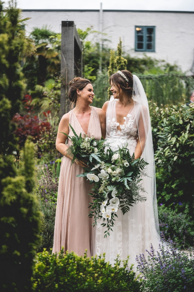 Sprig and Thistle List - Belle Bridal Magazine Supplier Guest  - image by SEAN ELLIOTT PHOTOGRAPHY