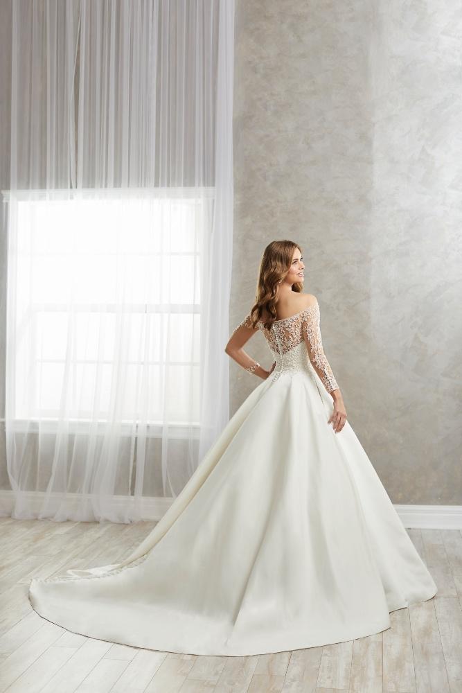 Style D5705, Eternity Bridal, B