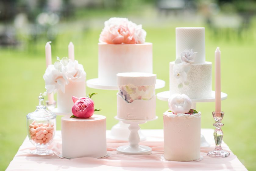 Cakes by Zoe's Fancy Cakes, Photography by Jane Beadnell photography