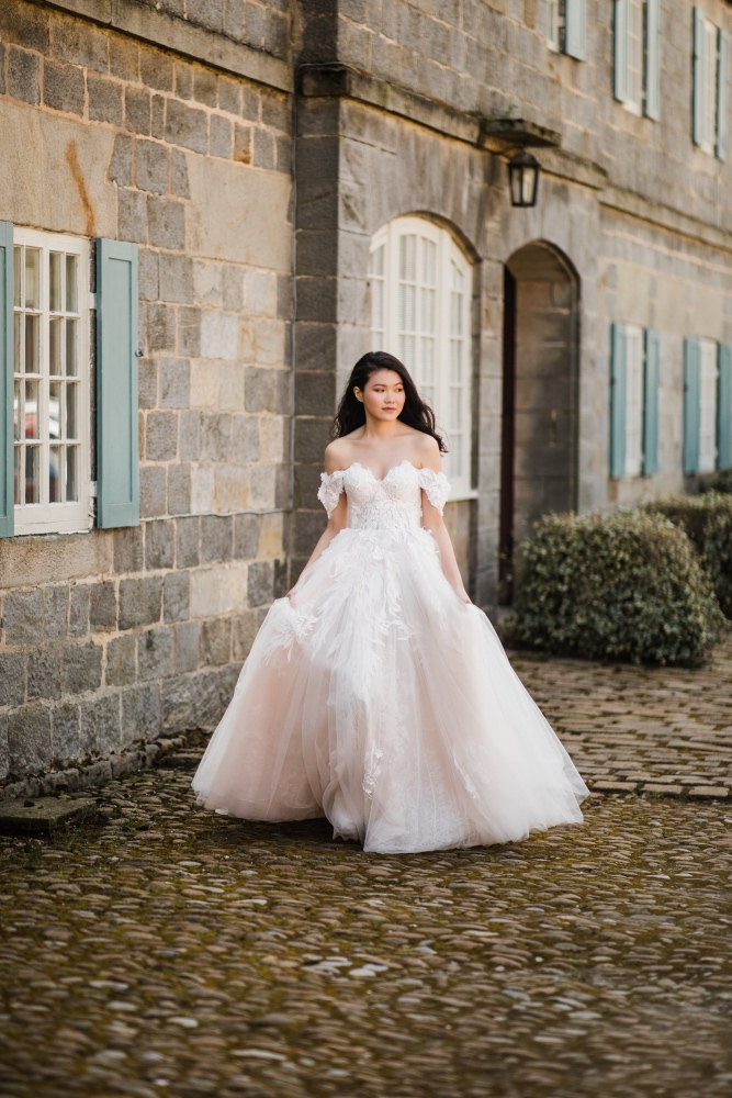 Barolin Farm Weddings - Belle Bridal Magazine Venue Guest List