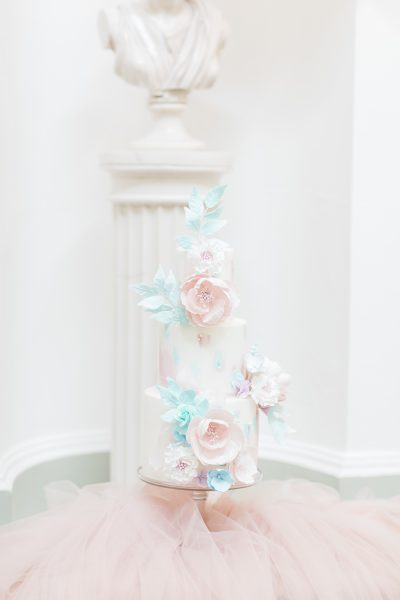 Cake by Sadie May's Cakes, Image by Emily Hannah Photography