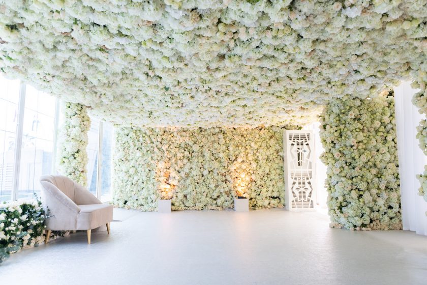 Flowers Imported from Holland to Decorate Venue, Photography by Loft Stiudios
