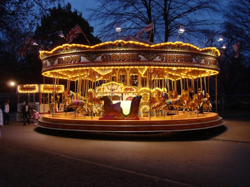 eddy leisure carousel in the dark