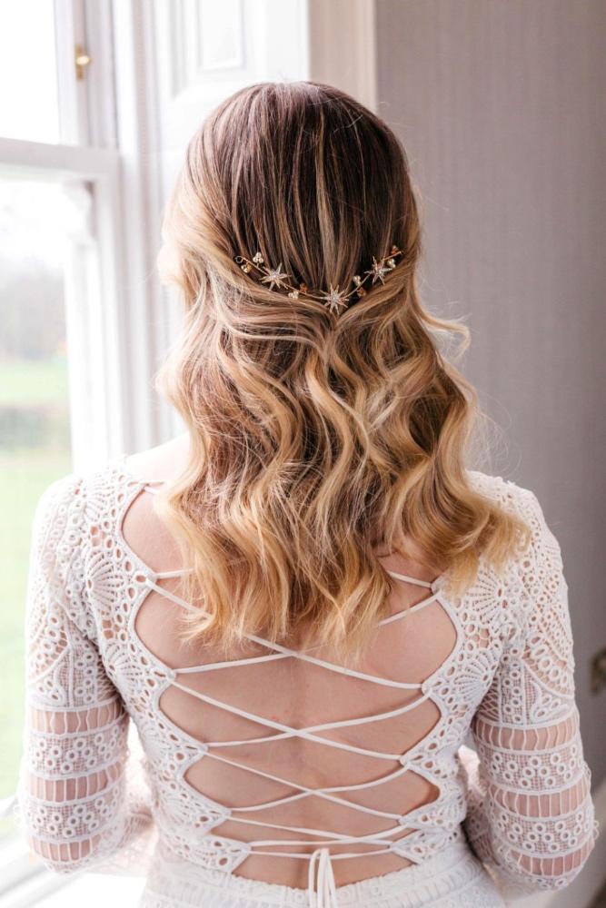star-hair-vine-wedding-headpiece-celestial-boho-bride-gold-stars-back-of-hair-swarovski-pearl-crystal-bridal (6)