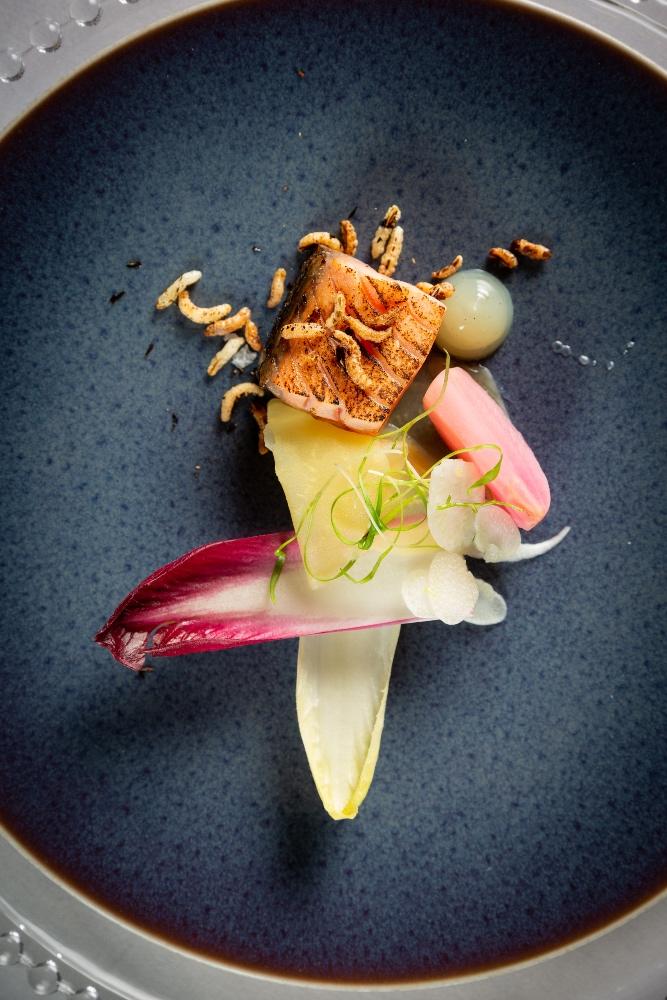 Charlton Hall, Starter - Smoked salmon - Craster-smoked salmon tartare, beetroot salsa, horseradish cream - Stepehn Beecroft Photography